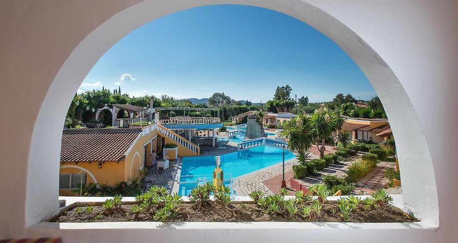 Blue Lagoon Hotel Roda